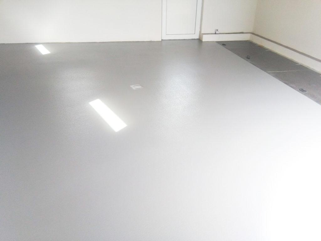 Lité podlahy Levelo.