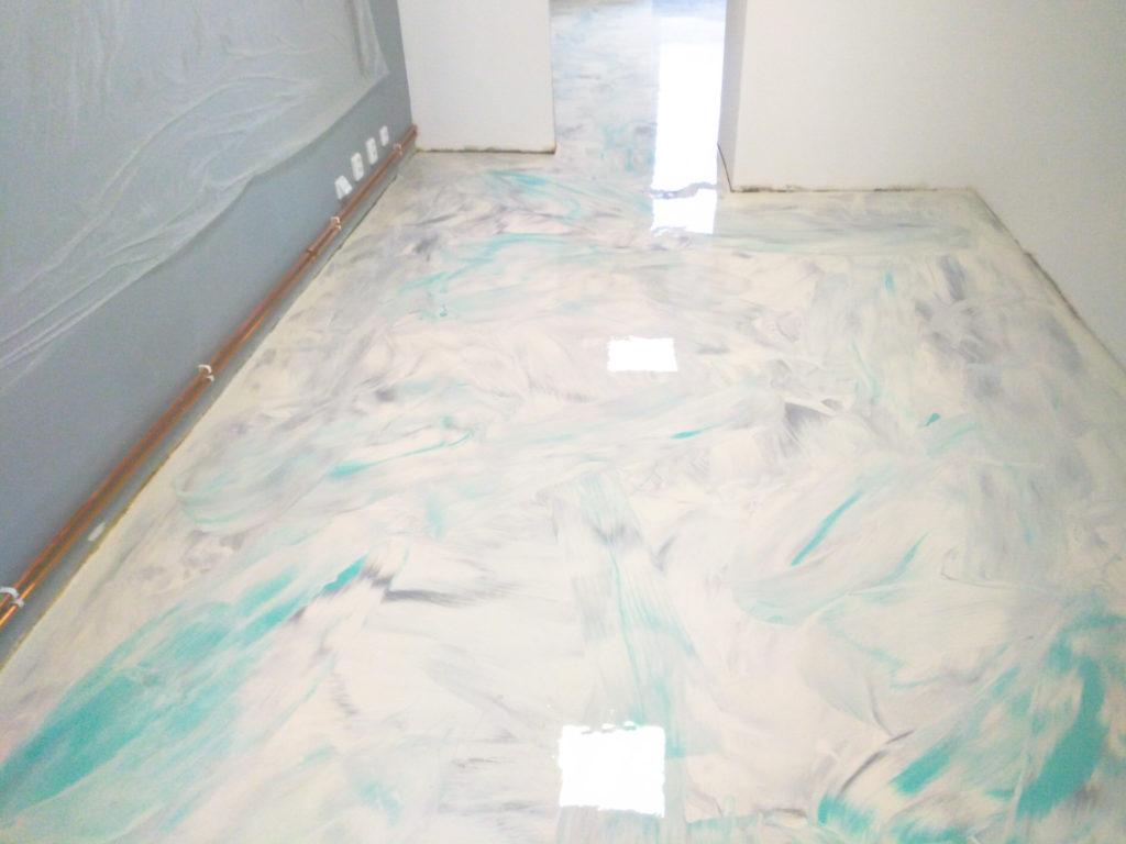 Epoxidová podlaha v rodinném domě.