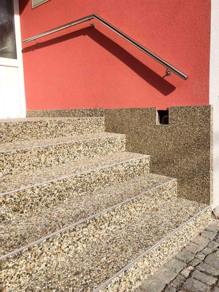 Kammený koberec od firmy Levelo.